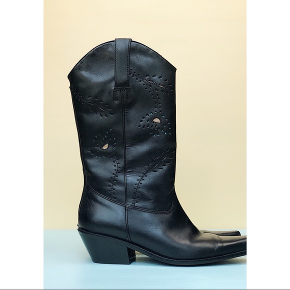 8c829640580 Matisse Black Leather Western Boots
